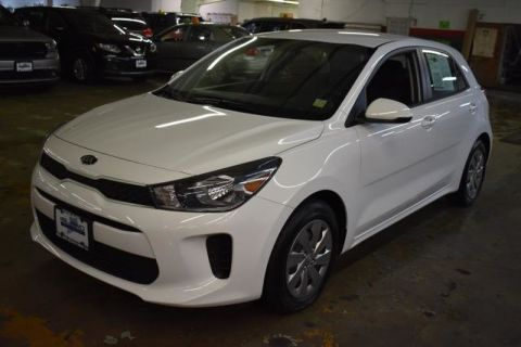 Pre-Owned 2018 Kia Rio 5-door S Front Wheel Drive Hatchback