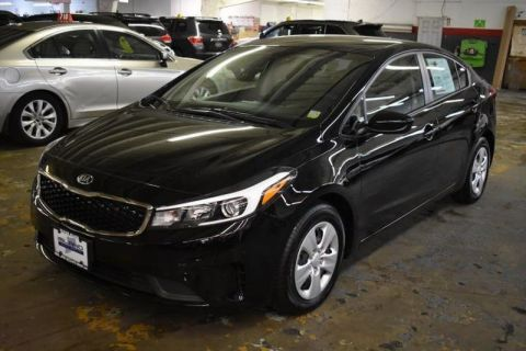 Pre-Owned 2018 Kia Forte LX Front Wheel Drive Sedan