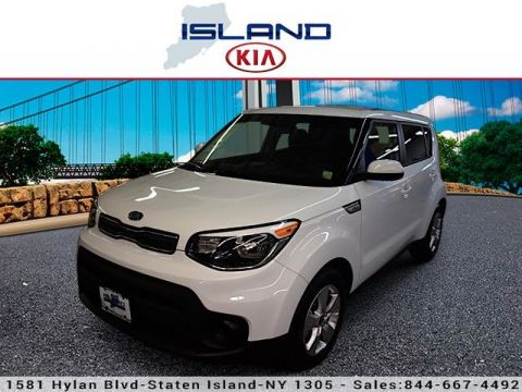 Pre-Owned 2018 Kia Soul Base Front Wheel Drive Hatchback