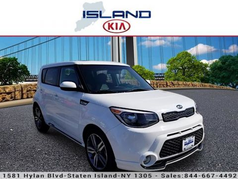 Pre-Owned 2016 Kia Soul + Front Wheel Drive Hatchback